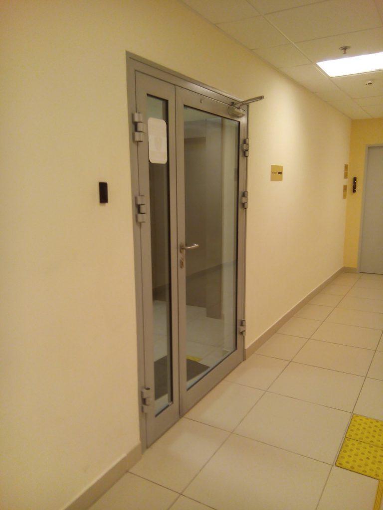 установка контроля доступа в офисе 4