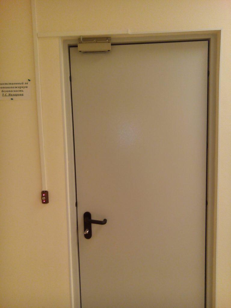 установка контроля доступа в офисе 6
