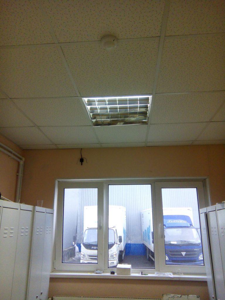 Установка охранной сигнализации в офисе3