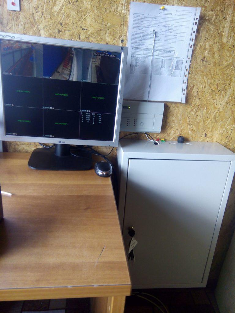 Установка видеонаблюдения на складе13